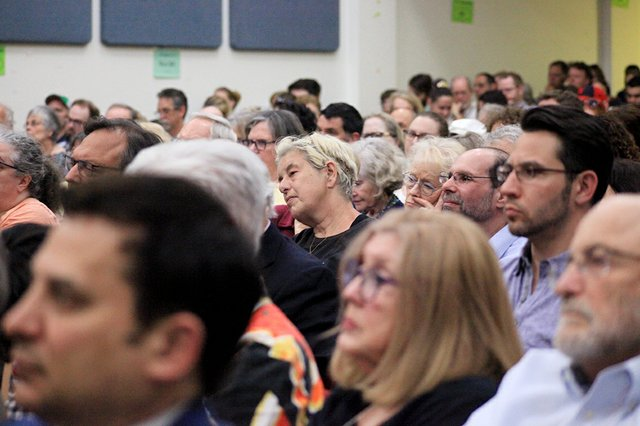 Audience at mayoral debate