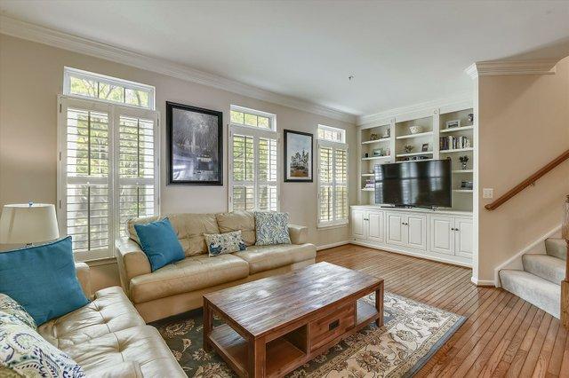 Main Level-Living Room-_DSC7581.JPG
