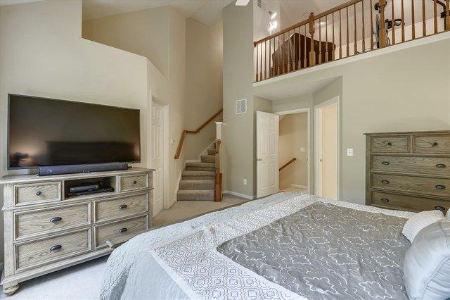Upper Level-Master Bedroom-_DSC7448.JPG