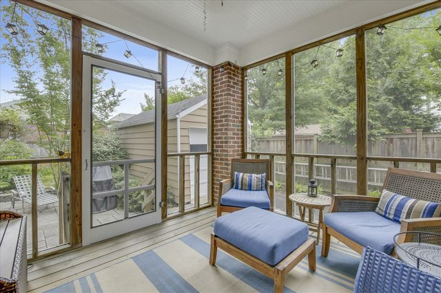 Main Level-Enclosed Porch-_MG_2722.JPG