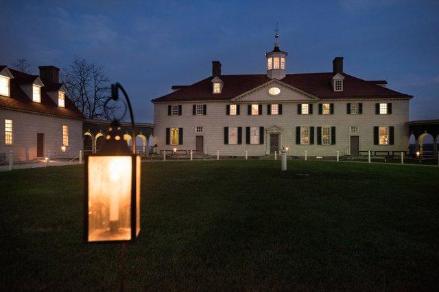 Candlelight_Mansion.jpg