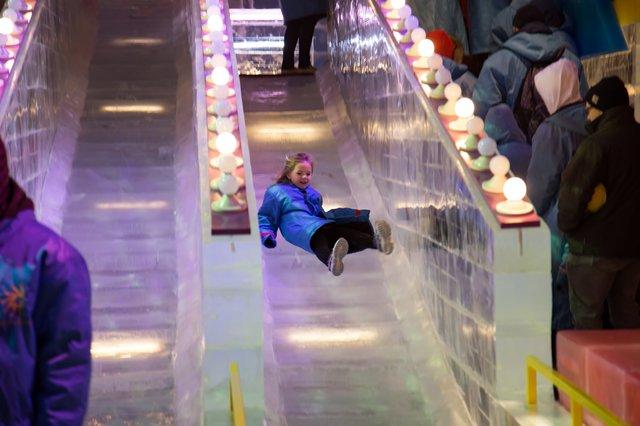 sledding-ice-gaylord-national-harbor.jpg