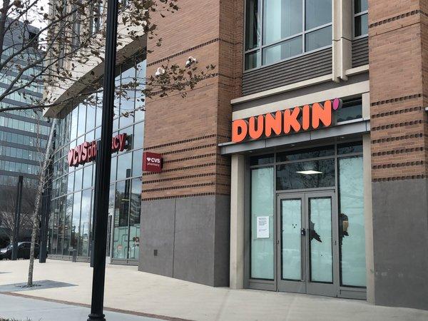 Dunkin-AlexandriaVA.JPG