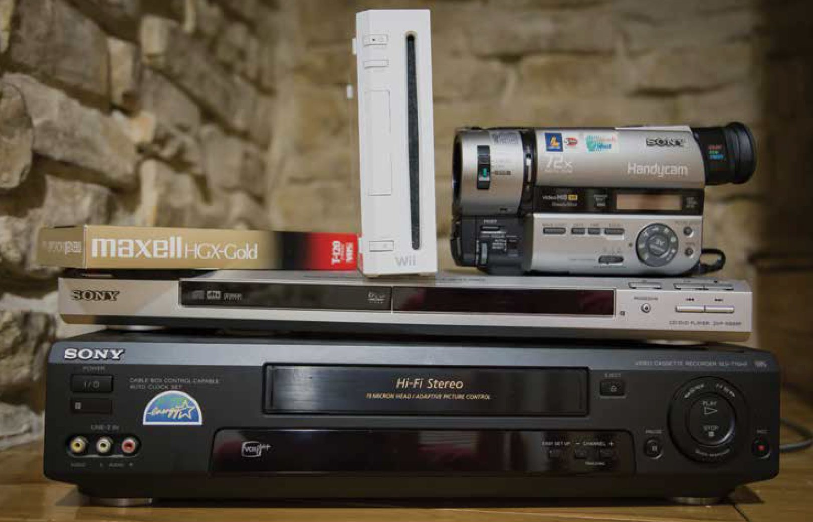 How to Dispose of Old Electronics - Alexandria Living Magazine