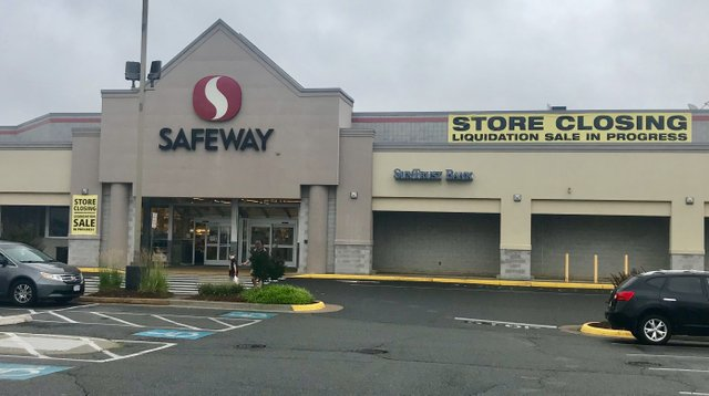 Safeway at Crossroads Center in Bailey's Crossroads