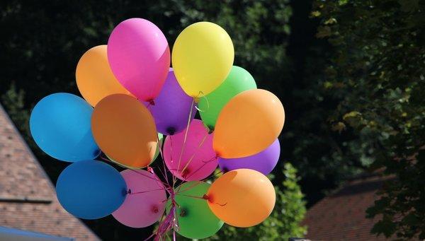 balloons-wmata-opening-alexandria-2019.png