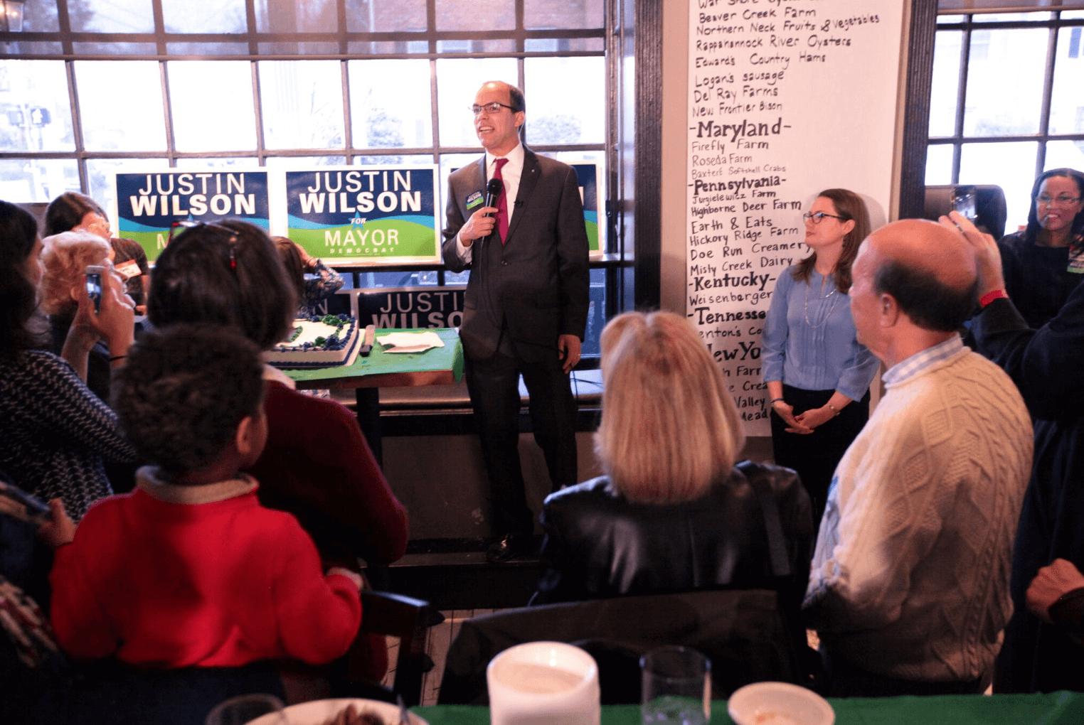Justin Wilson Kicks Off Campaign for Alexandria Mayor