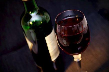 wine-pixabay.png