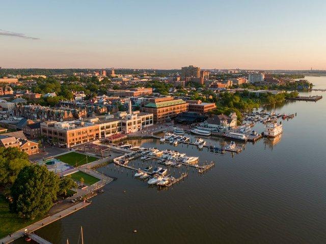 Alexandria-waterfront-aerial-CREDIT-Hover-Solutions-for-Visit-Alexandria--5--720x539-e2e2658b-e69c-4251-a4f1-2d82b5d9a4c4.jpg