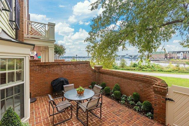 3_11 Wilkes_patio.jpg