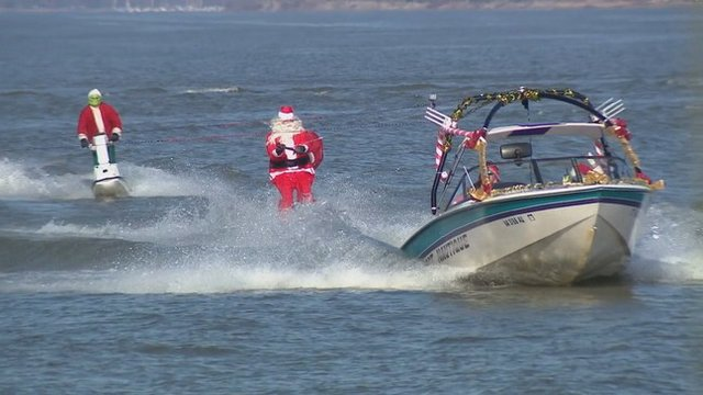Waterskiing Santa.jpg