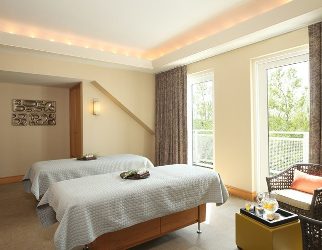 CHESA_P182_Spa_Double_Treatment_Room.jpg