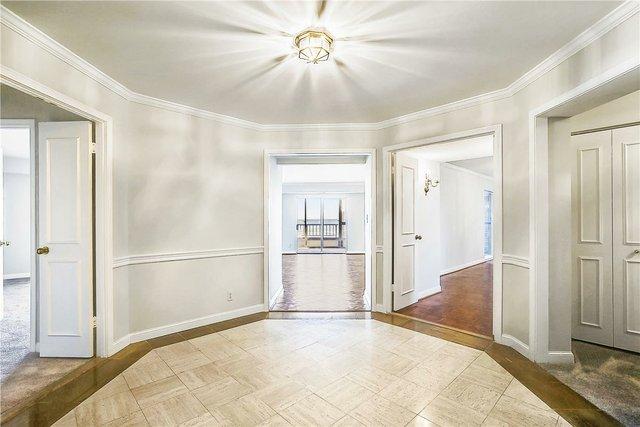 Floor Plan-Entry-_HAA5884.JPG